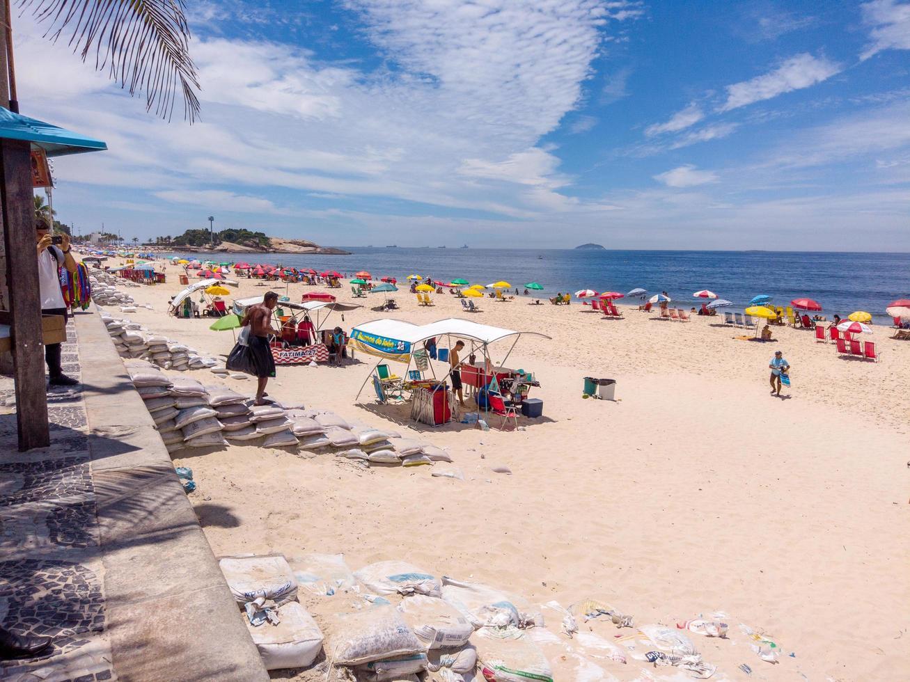 Rio de Janeiro, Brasilien, 2015 - Ipanema -stranden i Rio de Janeiro foto