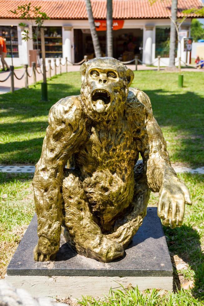 Rio de Janeiro, Brasilien, 2015 - Tiao Monkey Statue på Biopark foto