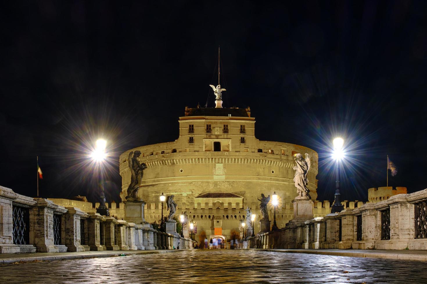 castel sant'angelo på natten, Vatikanstaten foto
