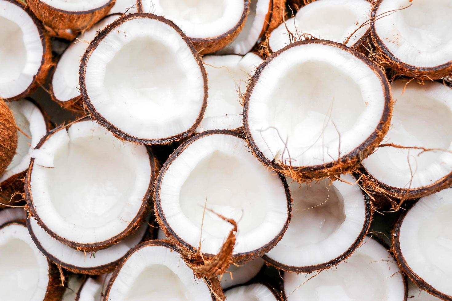 skiva kokos uppifrån foto
