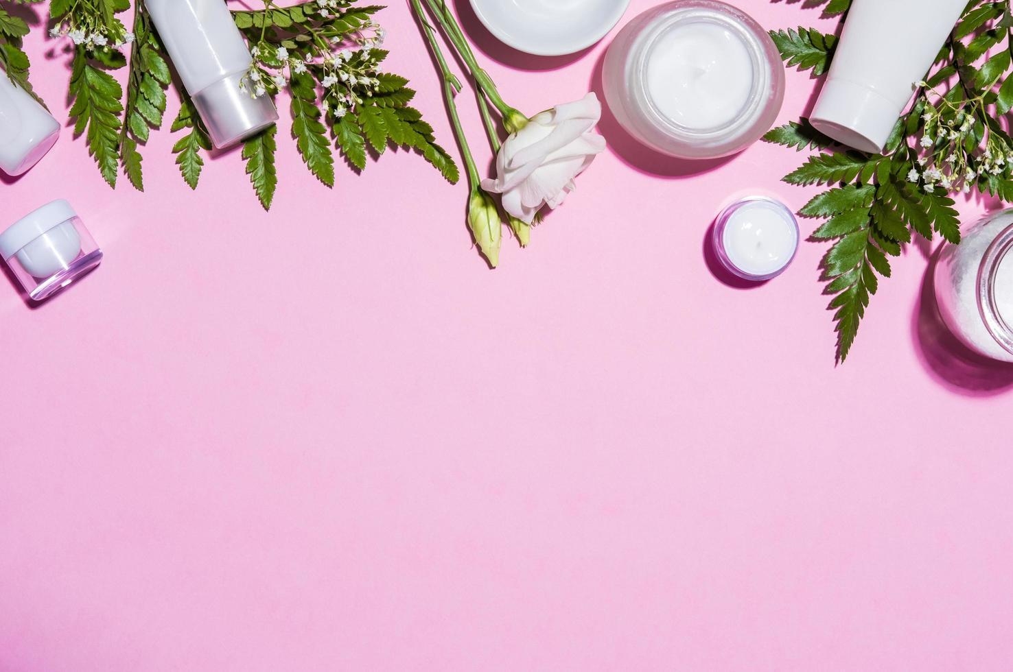hudvårdsprodukter för kvinnor foto
