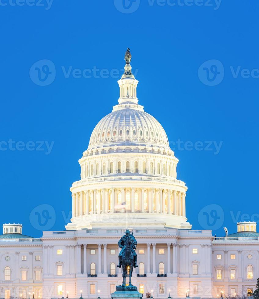 us capitol building skymning foto