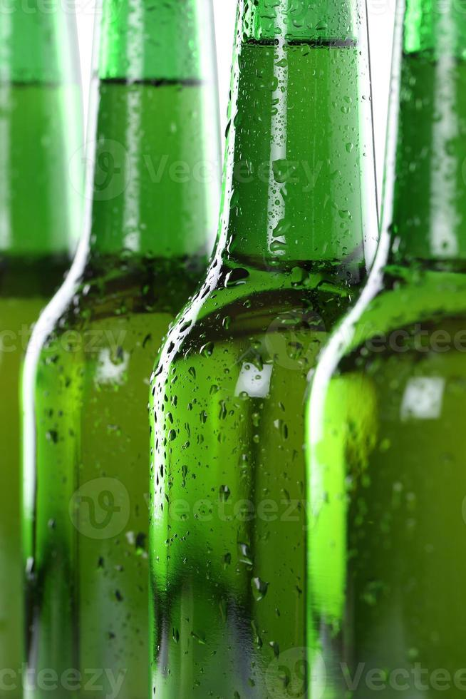 alkohol öl drycker i flaskor foto
