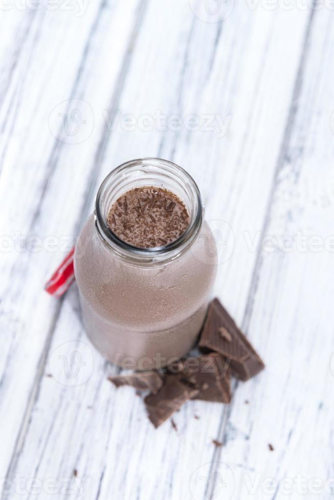 färskgjord chokladmjölk foto