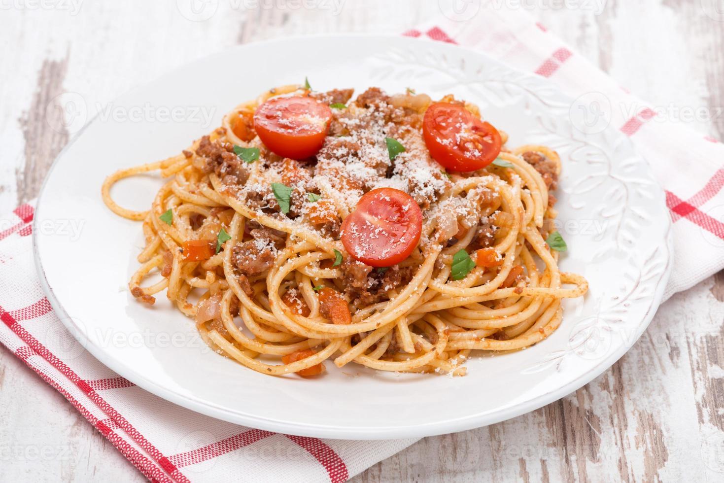 italiensk pasta - spaghetti bolognese foto