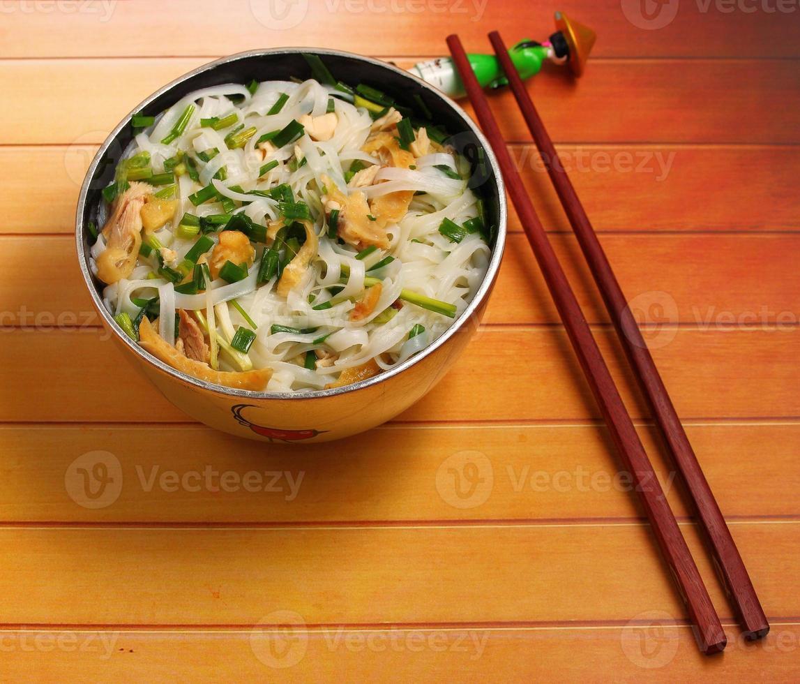 hanoi pho kycklingnudelsoppa foto