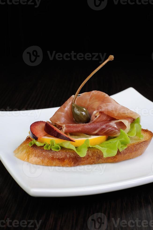 smörgås med jamon foto