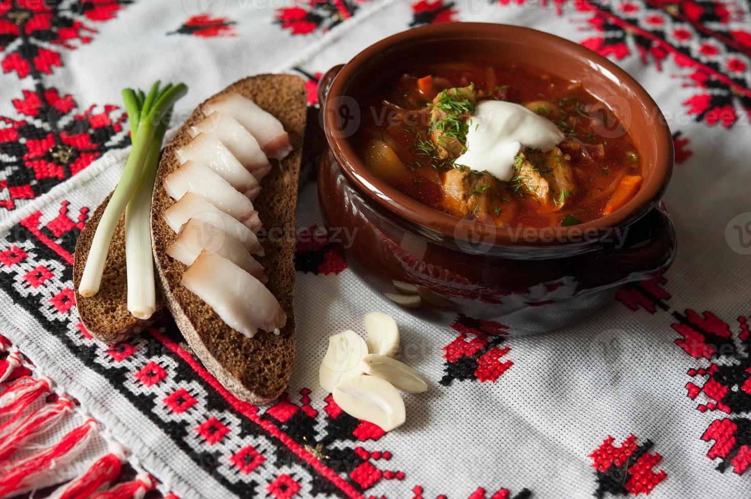 borsch - en traditionell ukrainsk maträtt foto
