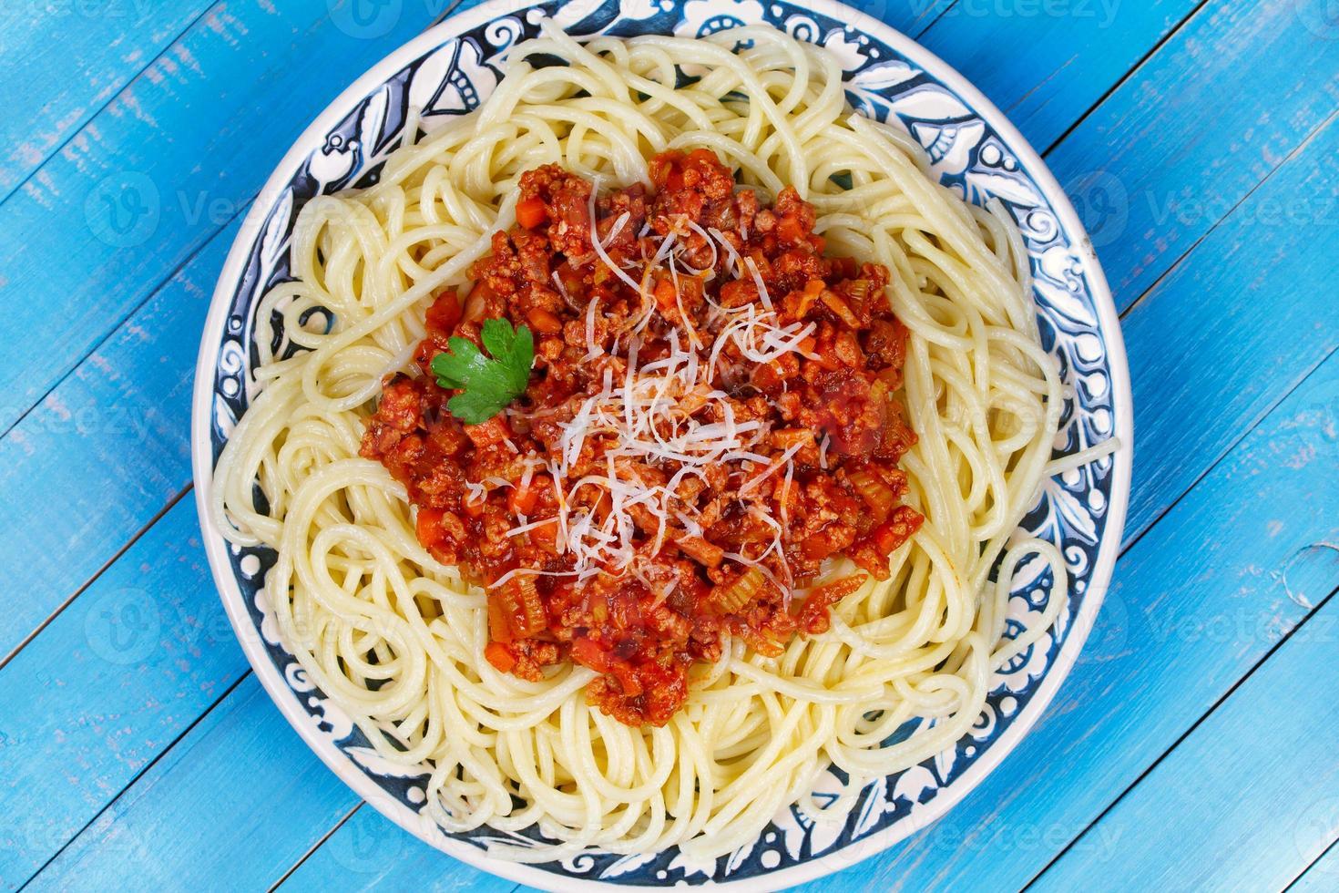 spaghetti med bolognese sås foto