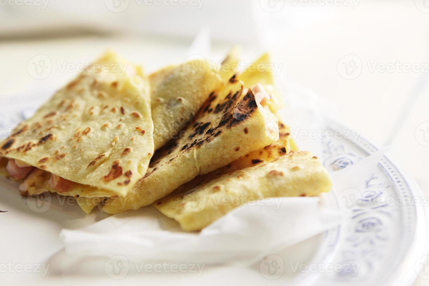 välsmakande hemlagade tortillas foto