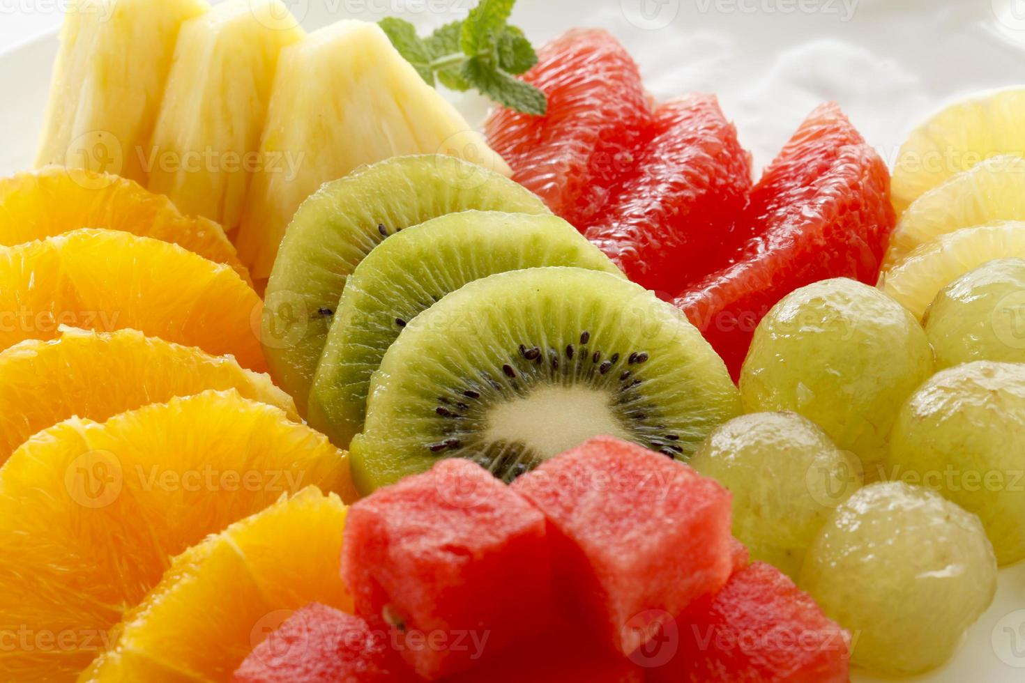 frukt tallrik foto