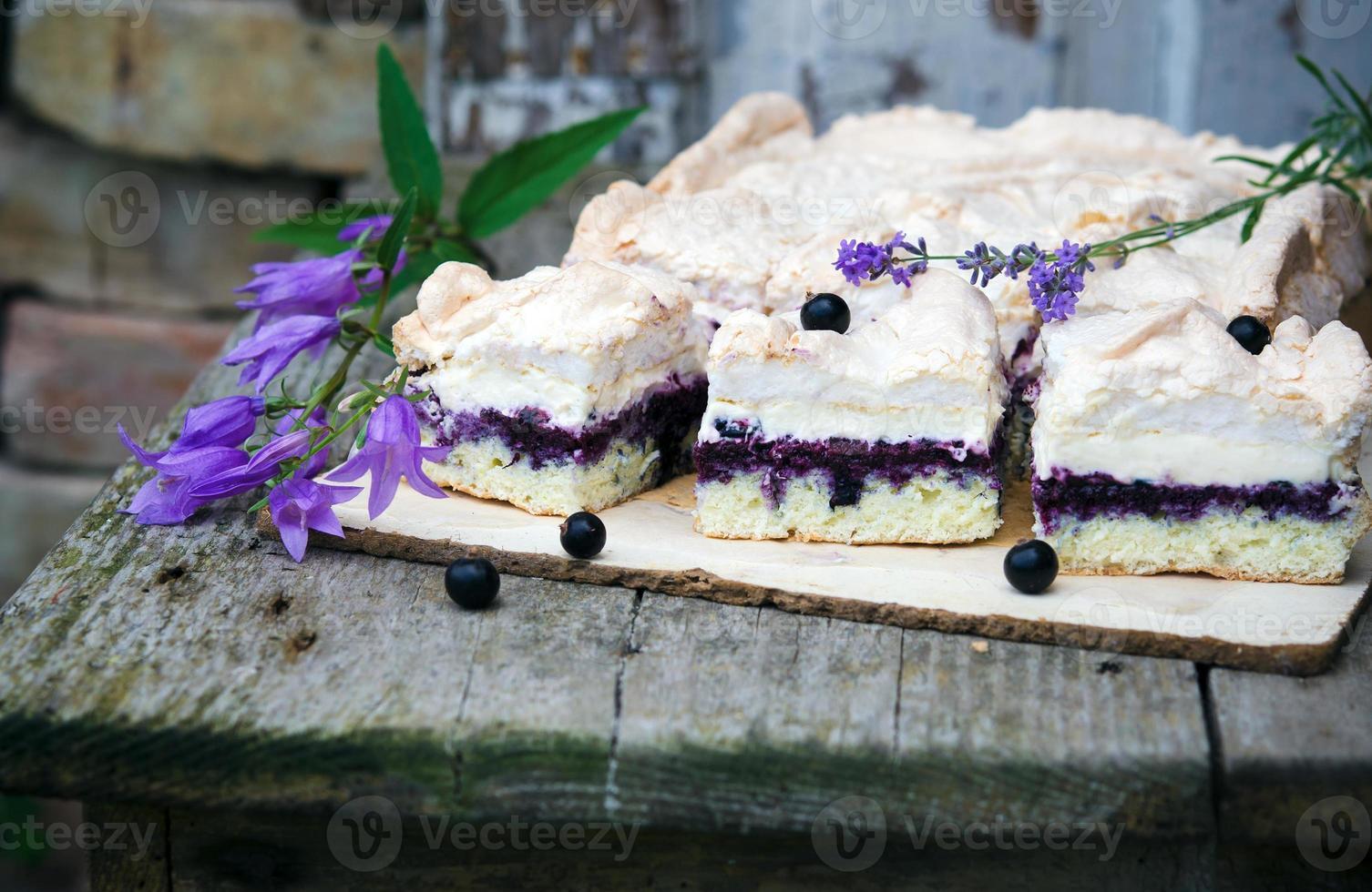 svampkaka med blåbär foto