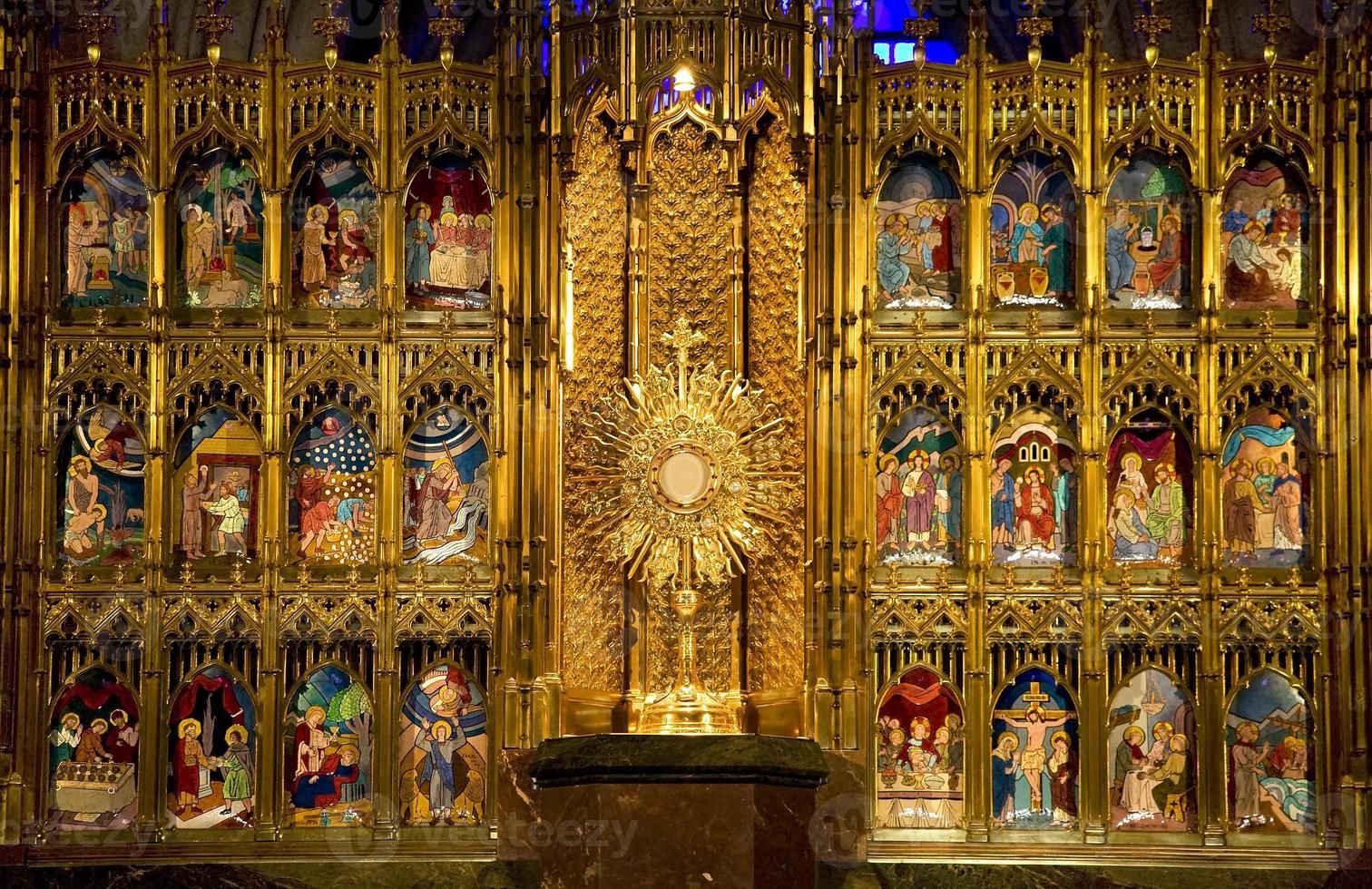 gyllene altaret på nära håll templet för försoning guadalajara foto