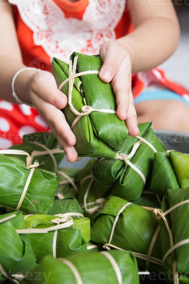 gäng svamp, thailändsk efterrättstil som sätter in banan foto