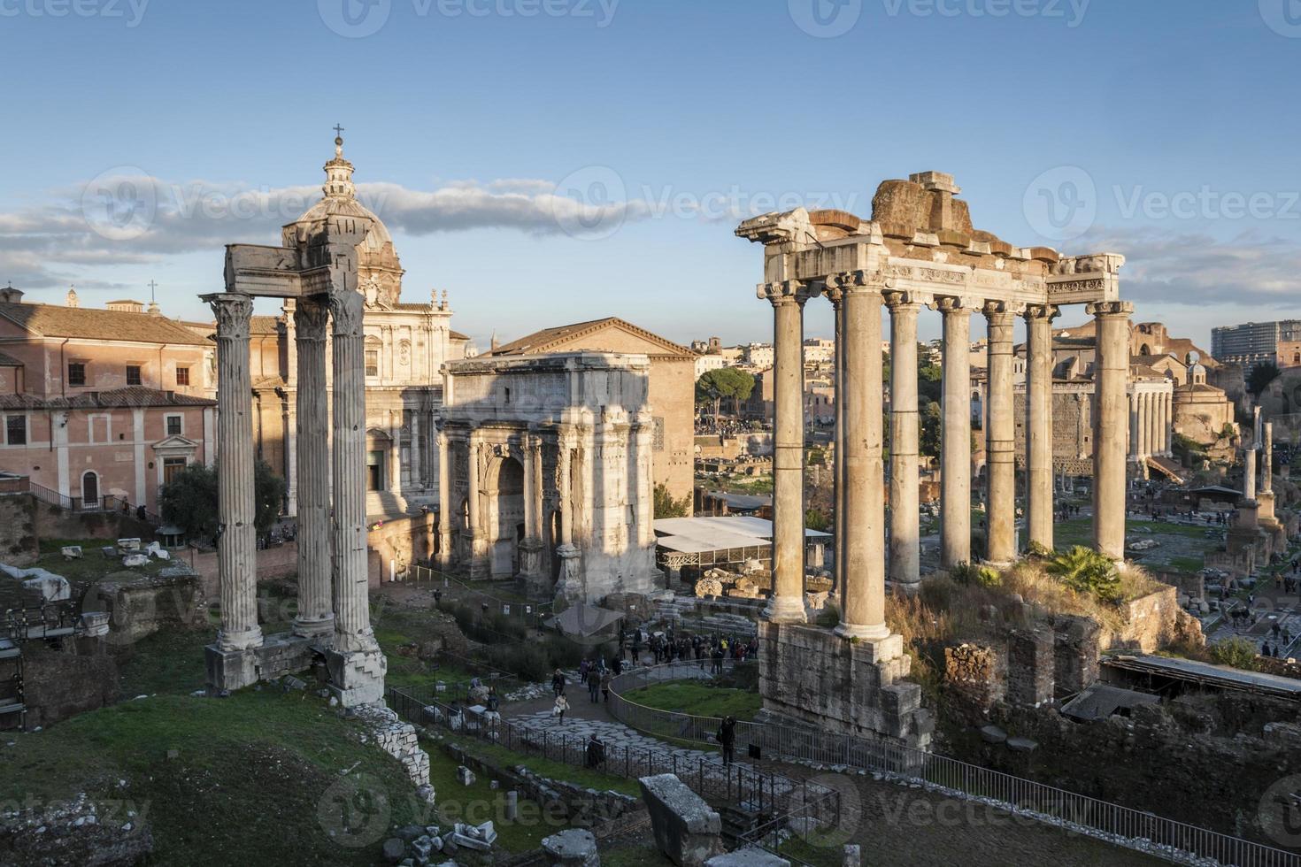 romerskt forum foto