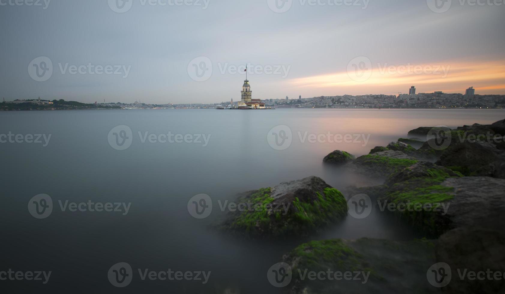 jungfrun torn, istanbul foto