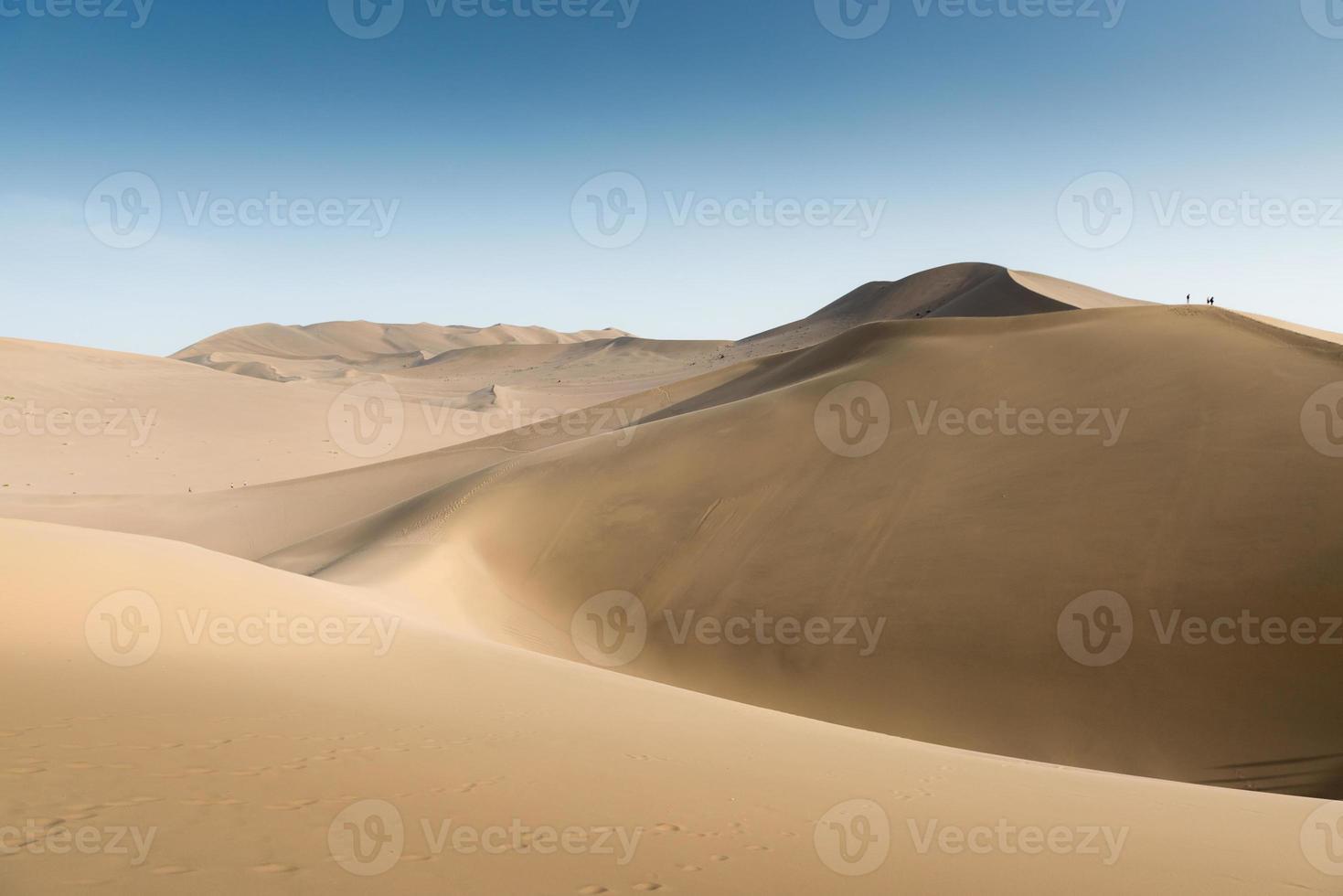 sanddyner i dunhuang, gansu i porslin foto
