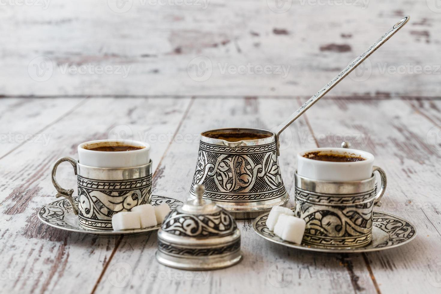 traditionellt turkiskt kaffe foto