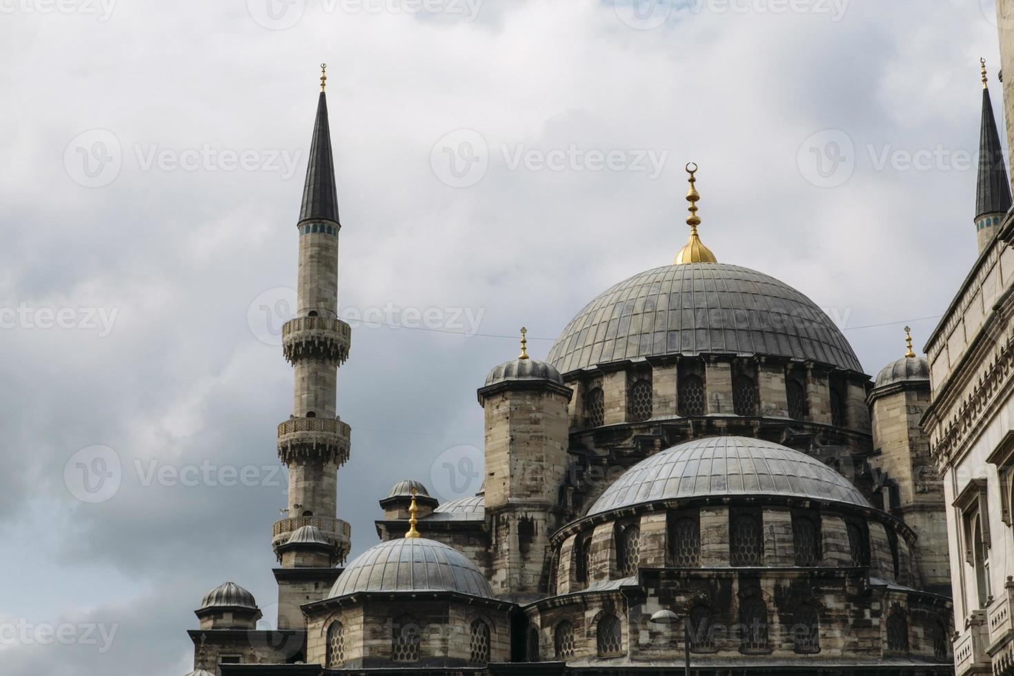 yeni cami, ny moské, berömd arkitektonisk istanbul. foto