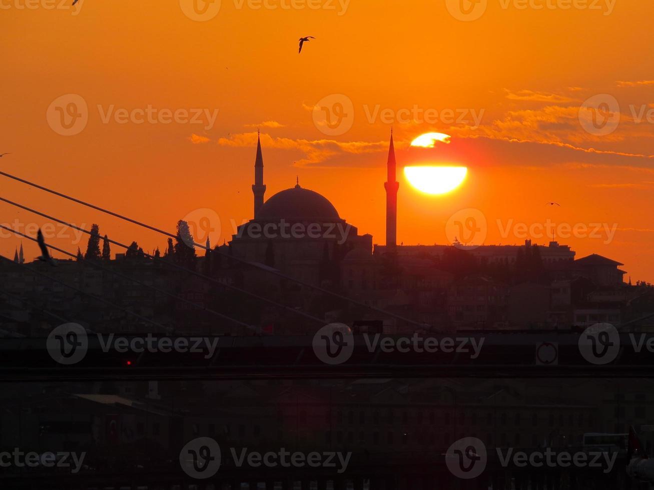 solnedgång över gyllene horn foto