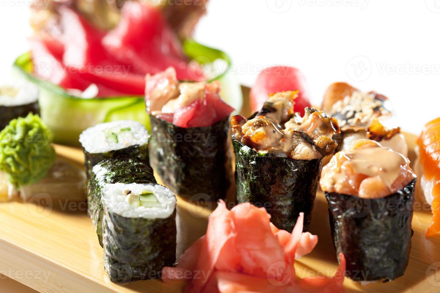 japansk mat - sushiset foto