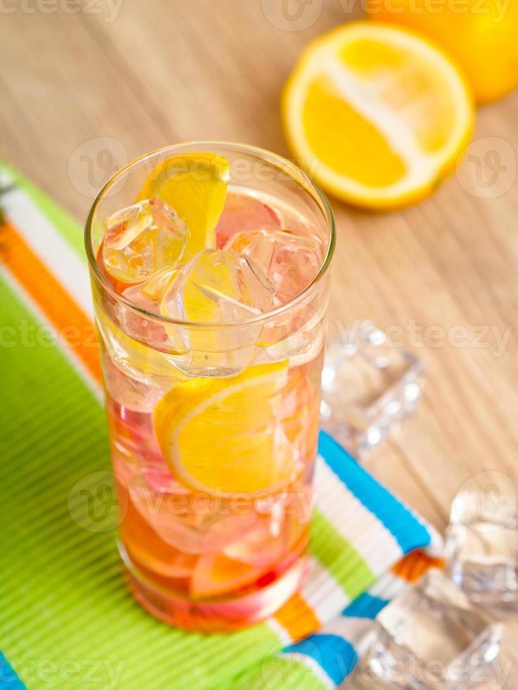 citronsaft foto