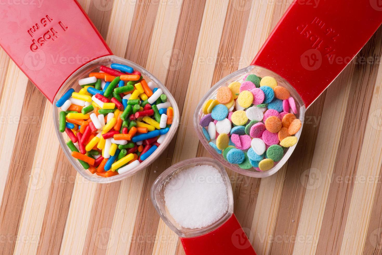 mätning av godis - bakning foto