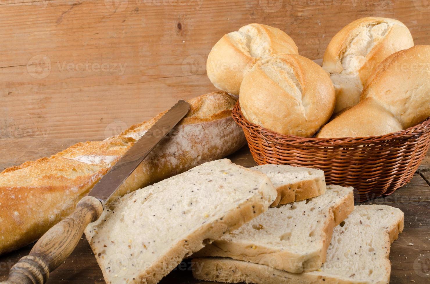 olika typer av bröd foto
