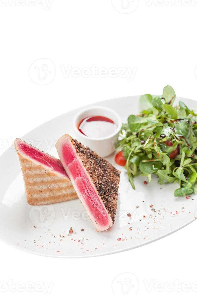 röd tonfiskbiff foto