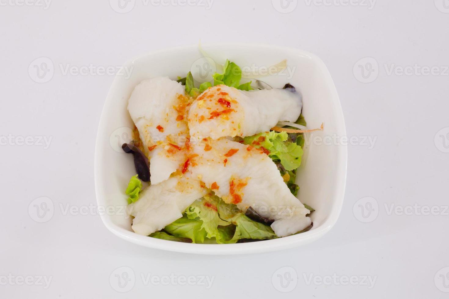 japansk sallad - sallad och kött med japansk salatsås foto
