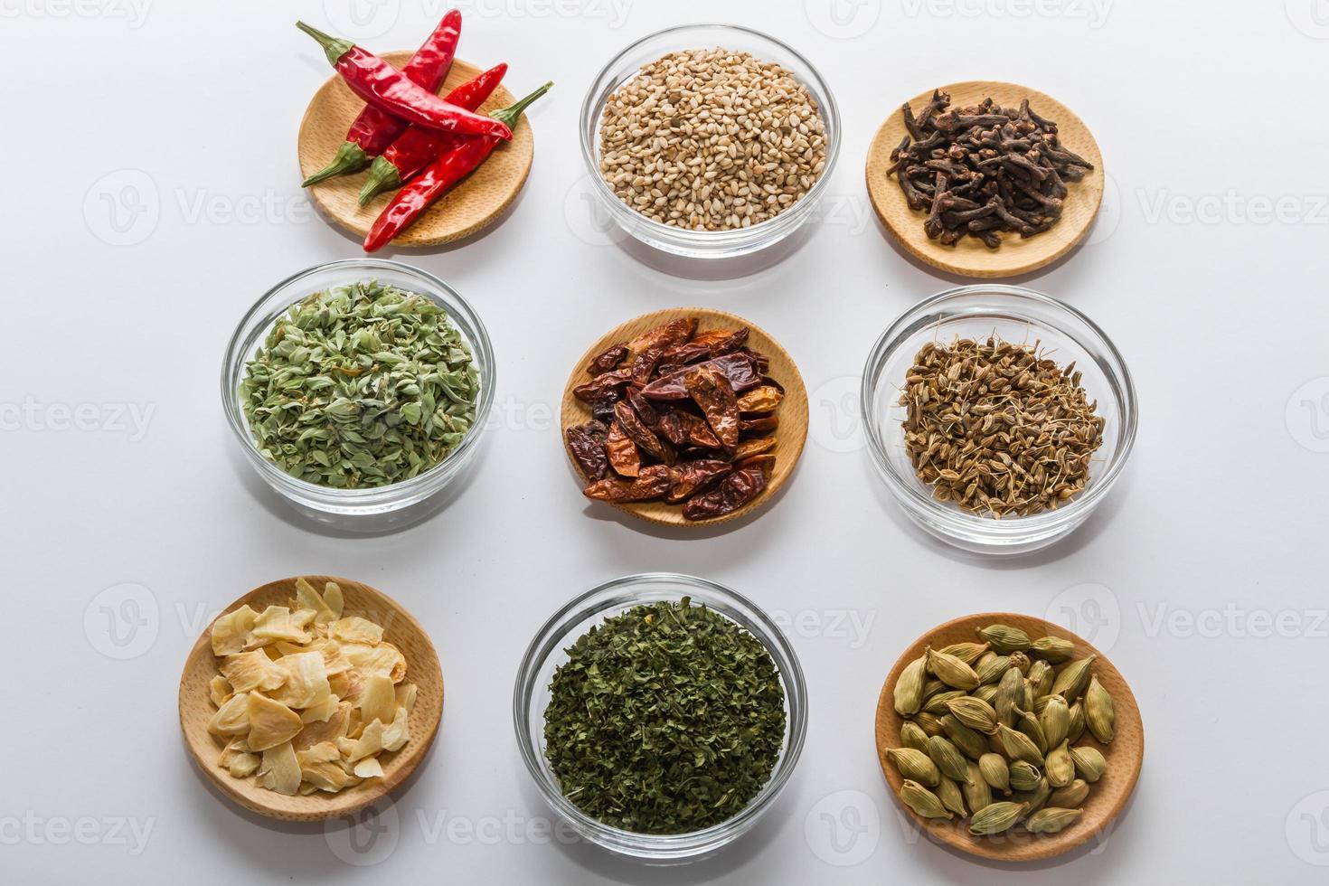 kryddor för matlagning foto