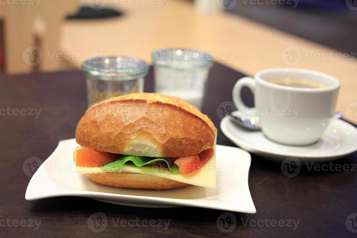 frukost smörgås foto