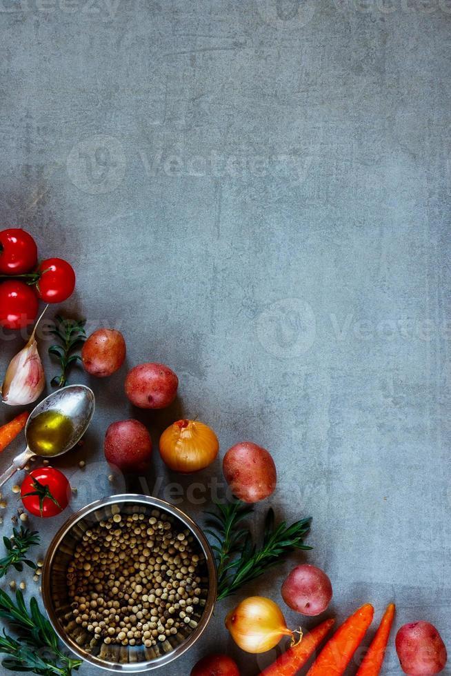 organiska grönsaker för matlagning foto