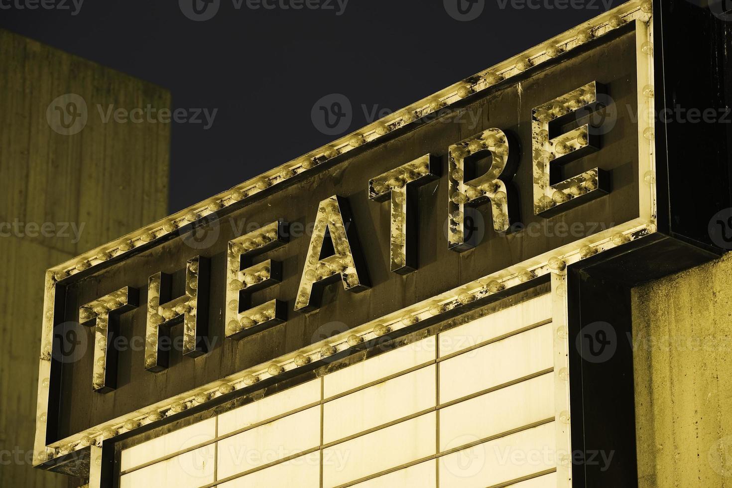 gamla teater skylt foto