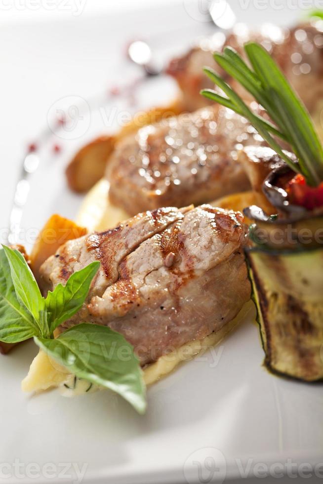 kött med potatis foto