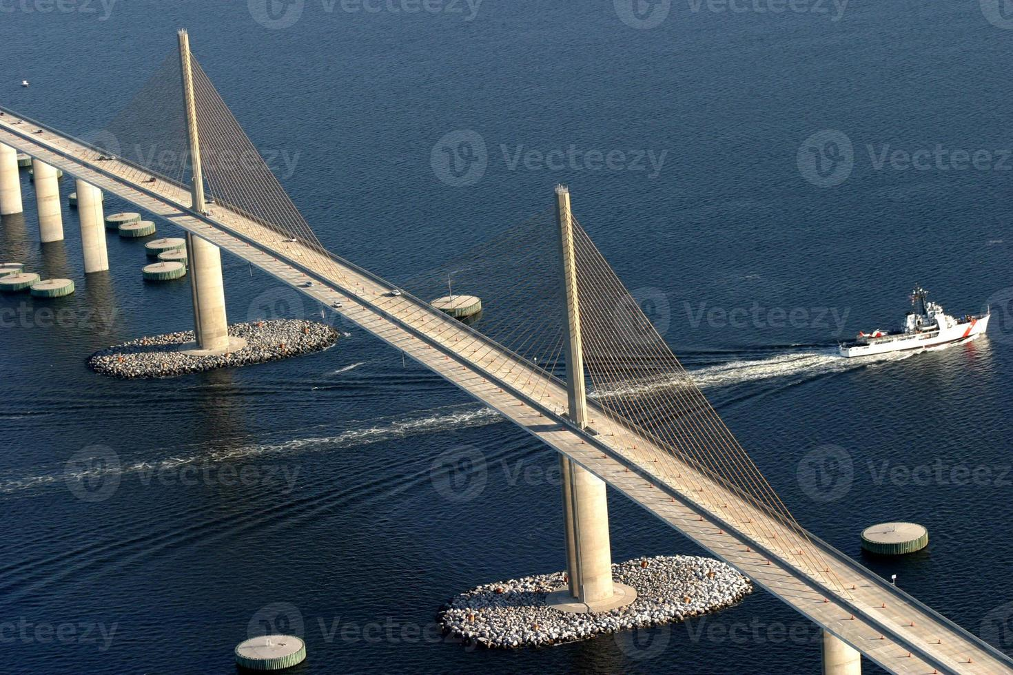 skyway bridge foto
