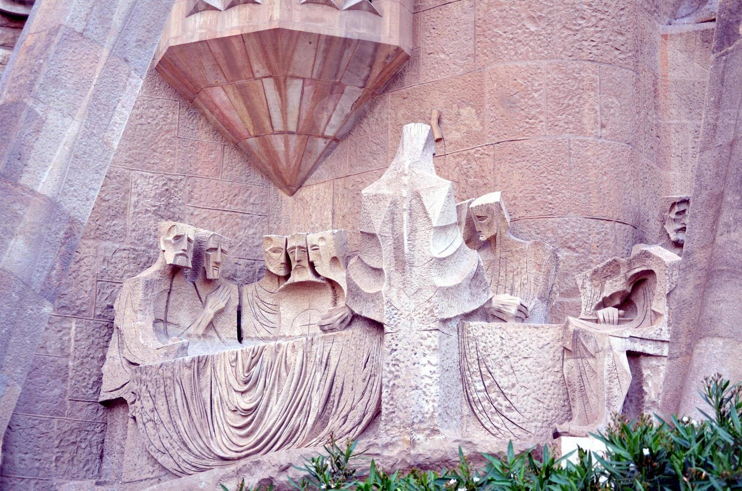 arkitektoniska detaljer för sagrada familia barcelona foto