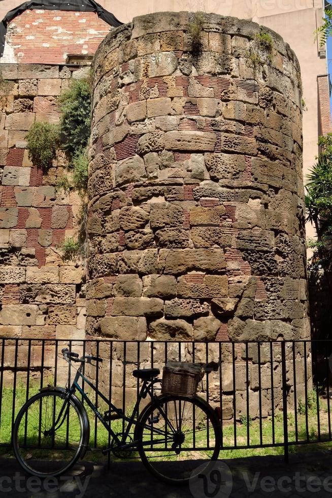 romerska väggen i Barcelona. foto