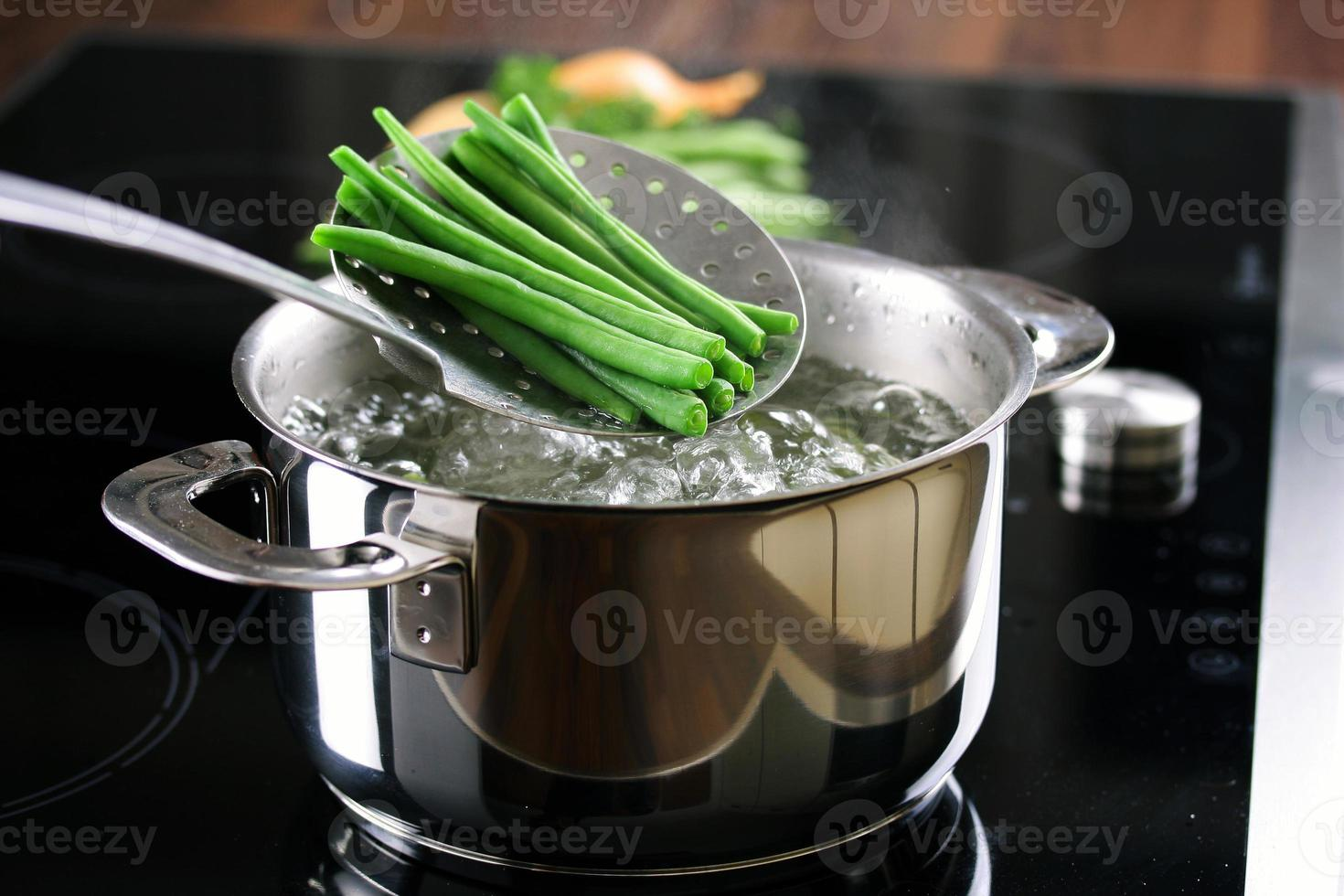 matlagning gröna bönor foto