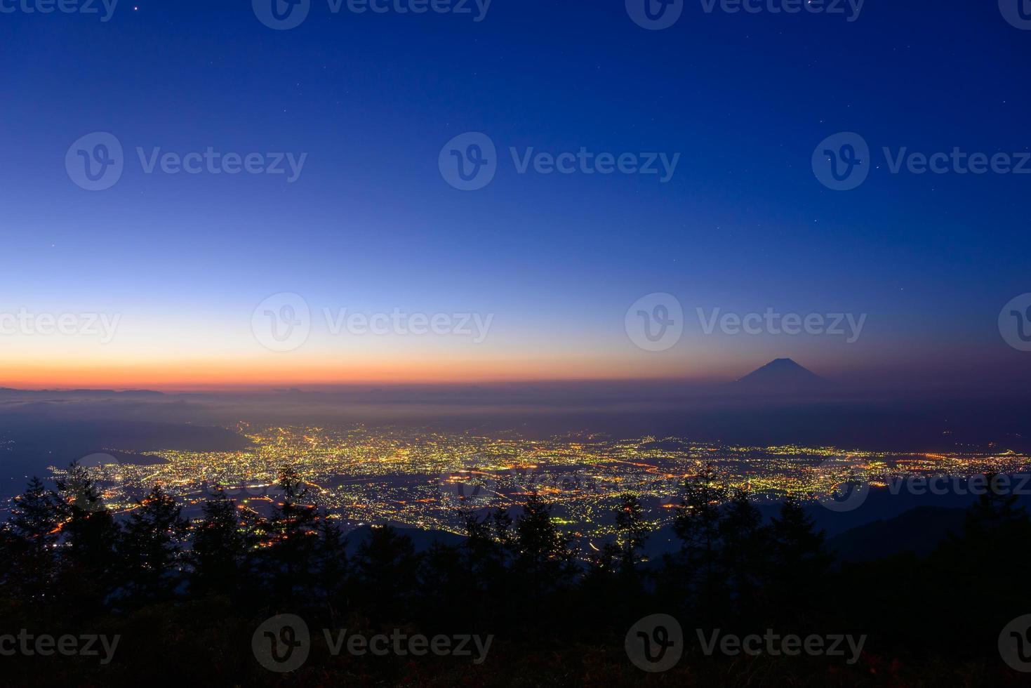 landskap av kofu och mt.fuji foto