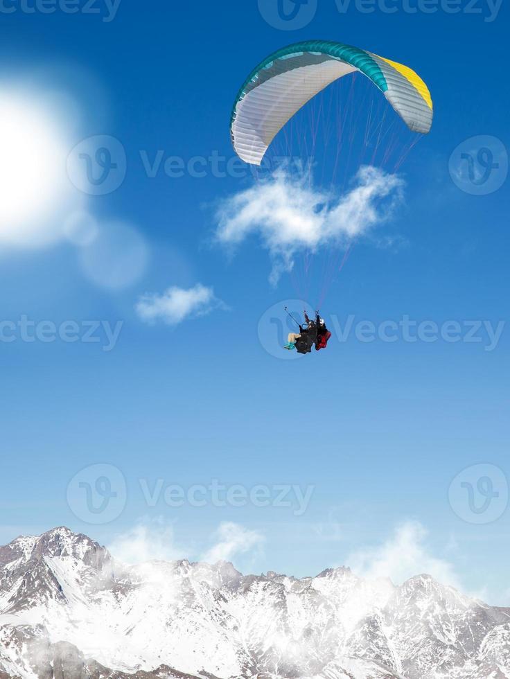 skärmflygning foto