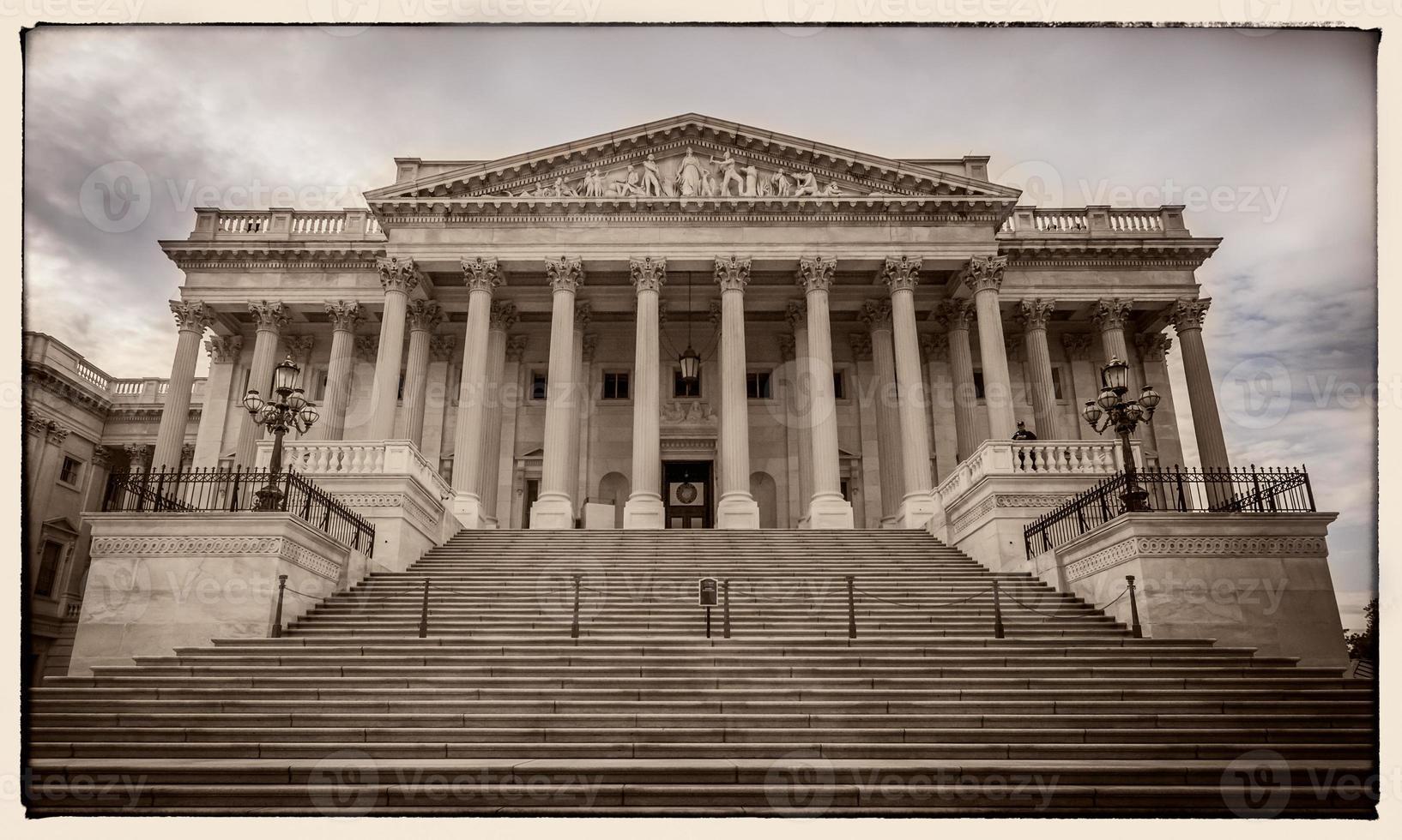 senatvingen i USA: s huvudstad östra fasaden foto