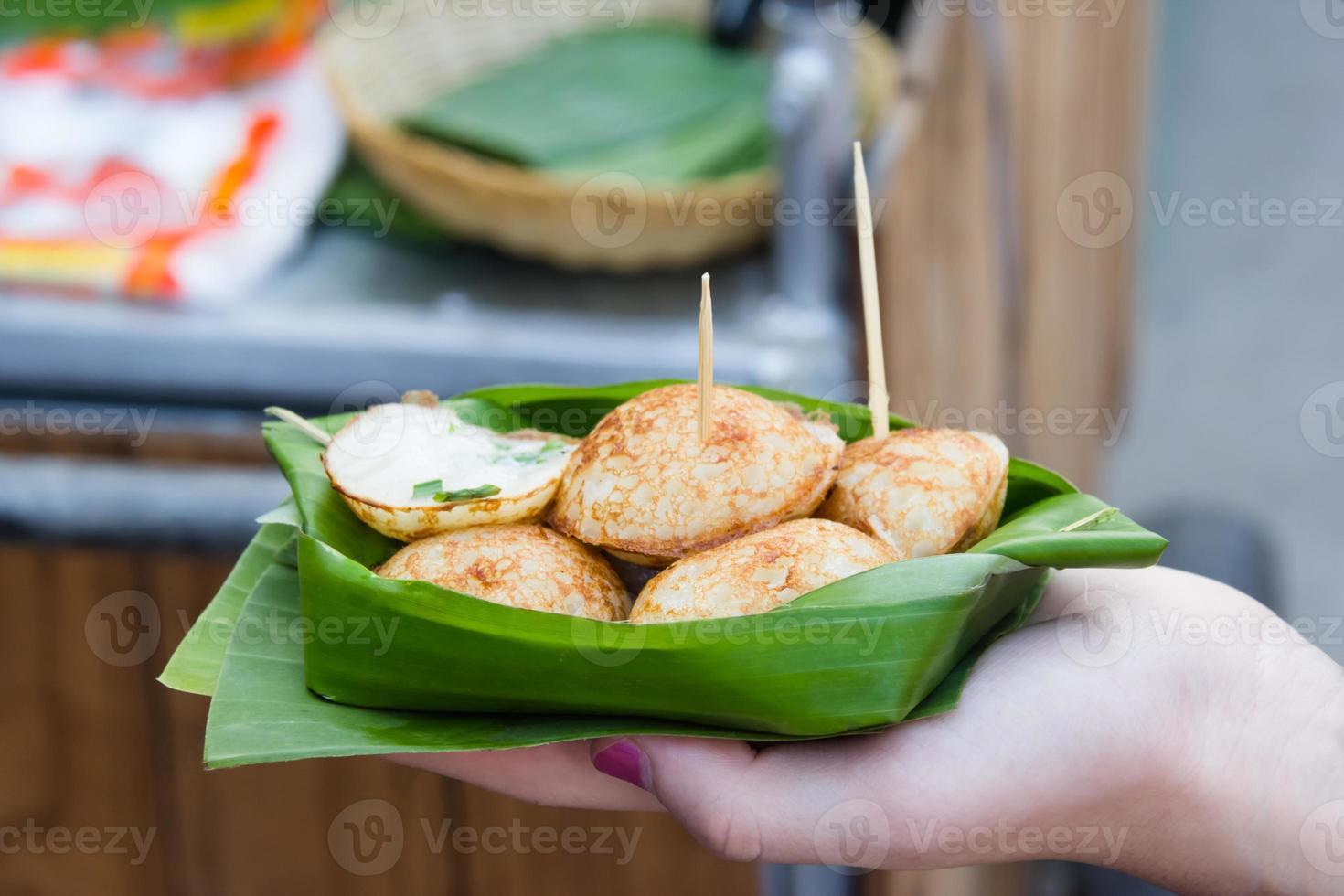 kanom krok eller typ av thai sweetmeat foto