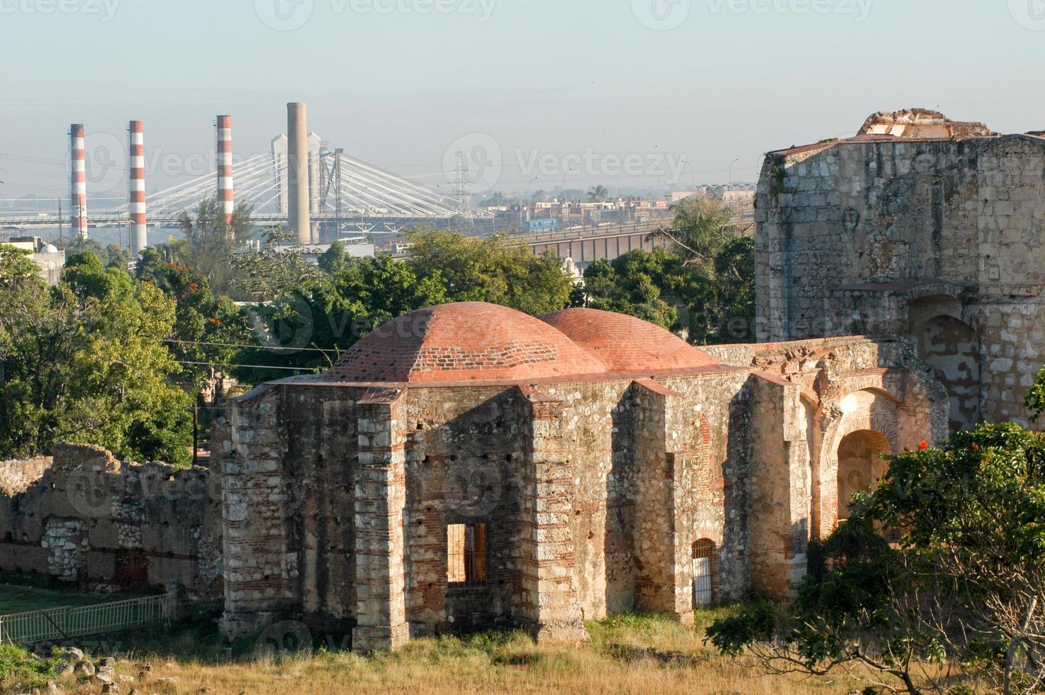 ruiner av san francisco kloster i santo domingo foto