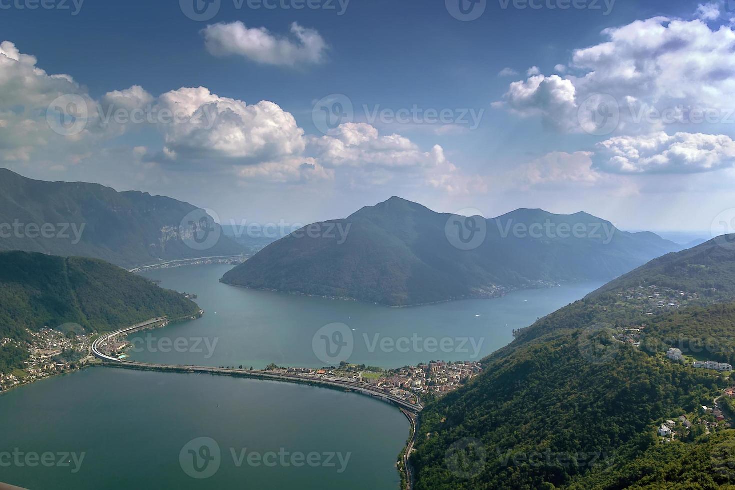 sjö lugano, schweiz foto