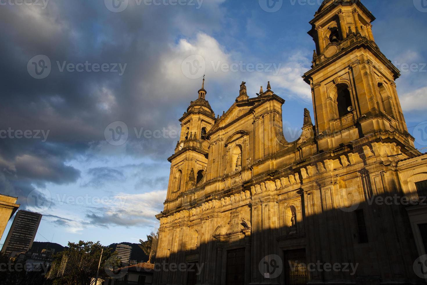bogota katedral och stad foto