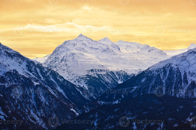 berg - skidort solden österrike foto
