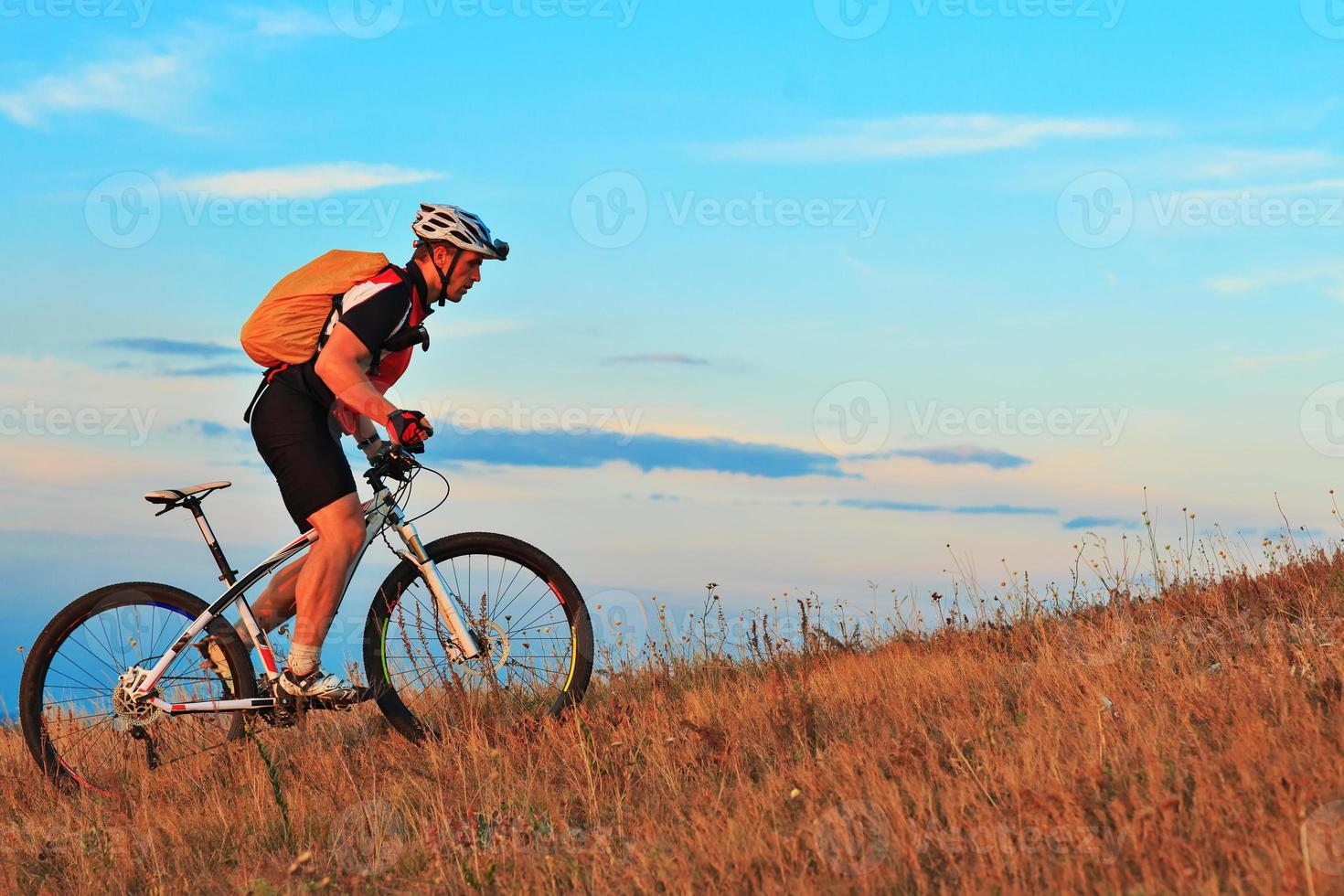 mountainbike cyklist cykla utomhus foto