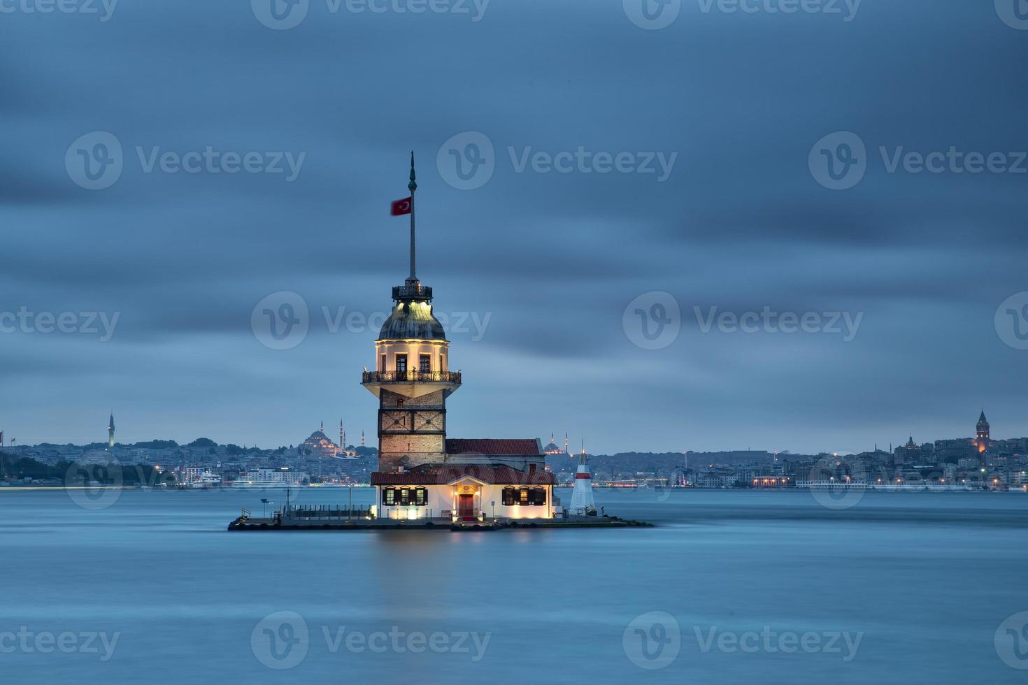 jungfru torn, istanbul, kalkon foto