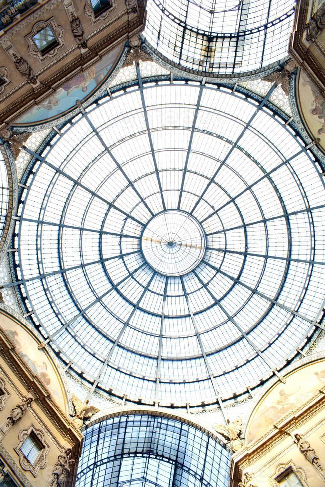 gallery vittorio emanuele ii, milan foto